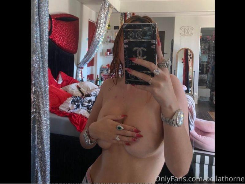 Thorne tits bella Bella Thorne